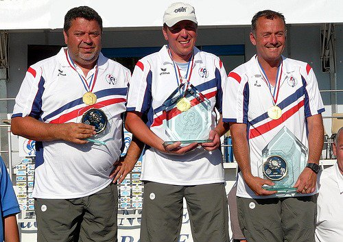 Quintais-Suchaud-Lucien, sacrés l'an passé à Béziers, remettent leur titre en jeu.