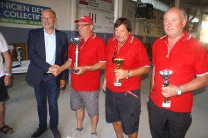 Christian Olmos, Patrick Saphore et Serge Paolini, les lauréats de 7e édition, récompensés par le député Yves Censi.